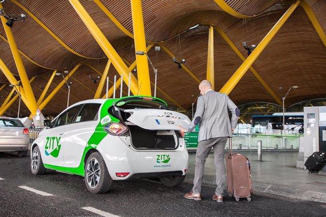 Zity en el Aeropuerto de Madrid Barajas