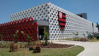 Al menos 10 muertos y tres heridos a causa de un incendio en un centro de entrenamiento juvenil del Flamengo, en Brasil