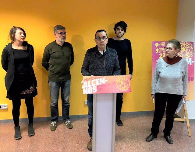Montse Venturós, Carles Riera (CUP), Jordi Muñoz (Constituents per la Ruptura)