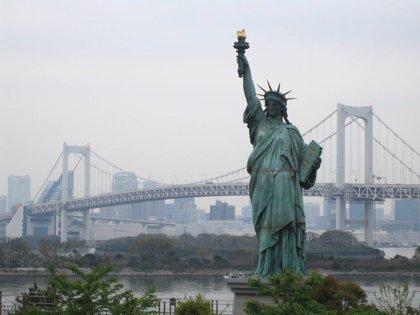Viajar gratis a Nueva York es posible si te llamas Valentín o Valentina gracias a una aerolínea islandesa