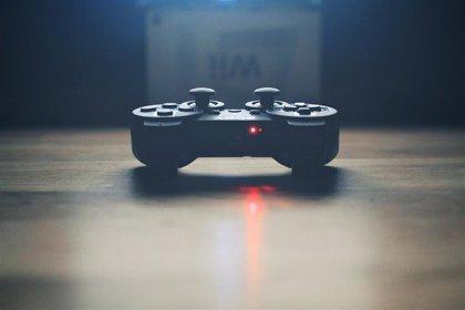 Cambia de postura y lleva una vida activa: consejos para ser un 'gamer' sano