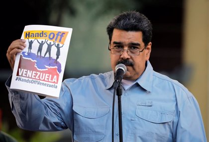"""Maduro rechaza la """"posición ideologizada"""" de la UE pero recibirá a sus emisarios para """"establecer contacto"""""""
