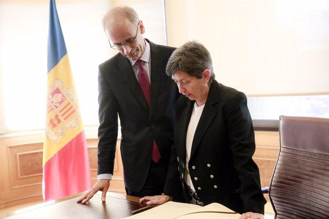 Antoni Martí (cap de Govern d'Andorra) Teresa Cunillera (delegada del Gobier