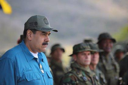 Apagón repentino en el Palacio de Miraflores durante un discurso de Maduro ante los medios