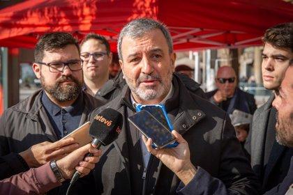 """Collboni (PSC) critica que Valls es manifesti """"amb els amics i aliats de Le Pen"""""""