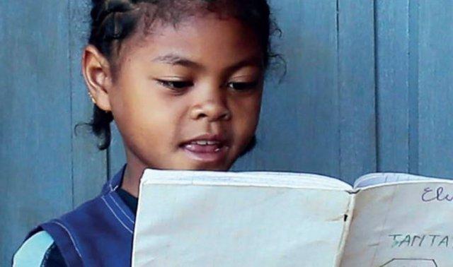 Programa 'La luz de las niñas' de Entreculturas