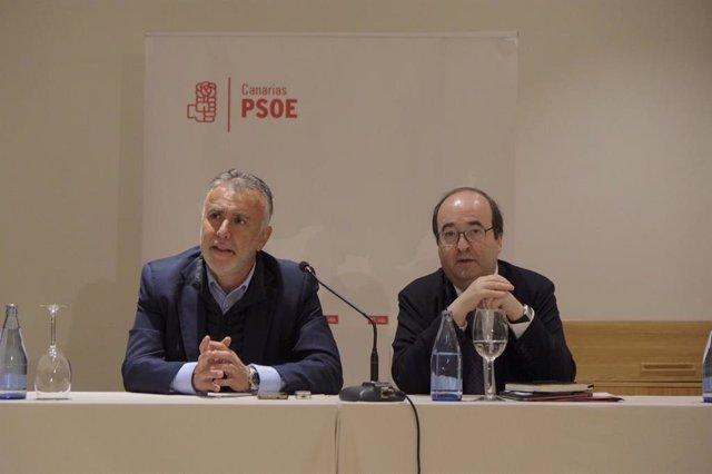 Ángel Víctor Torres y Miquel Iceta este sábado en Tenerife