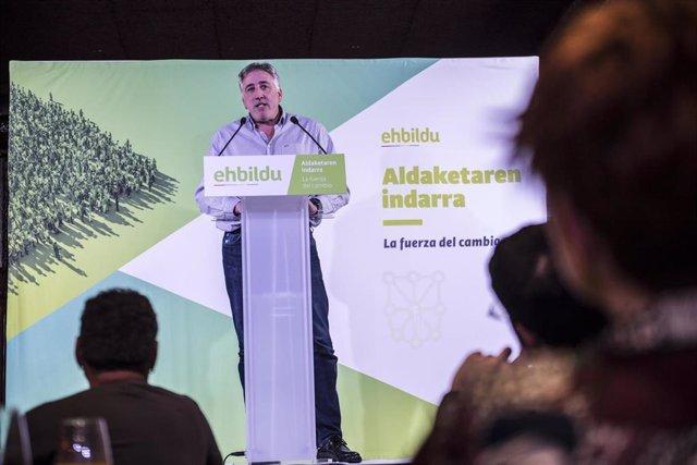 Joseba Asiron, alcalde de Pamplona, en un acto de EH Bildu