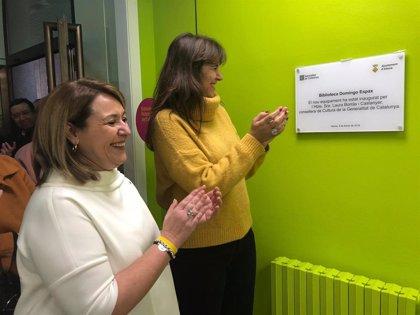 Borràs inaugura la remodelació de la Biblioteca Municipal Domingo Espax d'Aitona (Lleida)