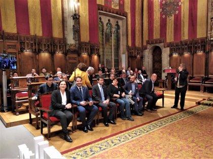 """Ada Colau demana a Sánchez insistir en el diàleg: """"Som més els que volem diàleg"""""""
