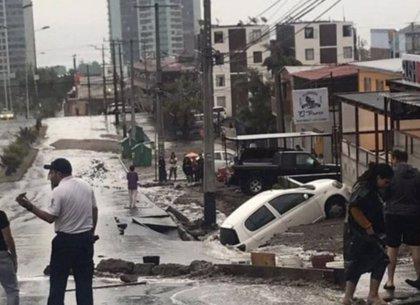 Las impactantes imágenes de las lluvias torrenciales en Iquique (Chile) que activan la alerta roja