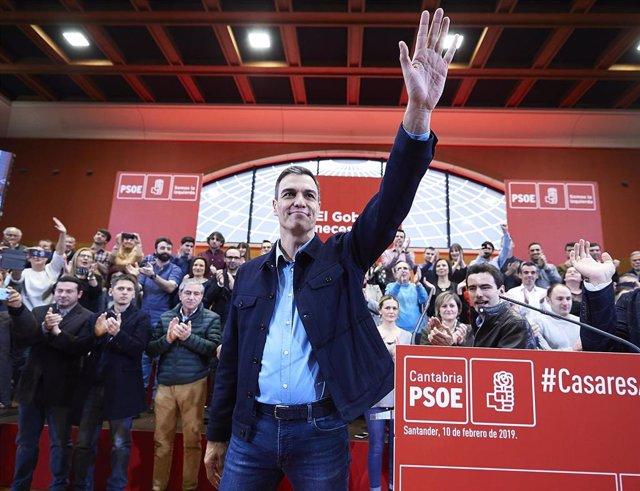 Pedro Sánchez presenta a Casares como candidato a la Alcaldía de Santander