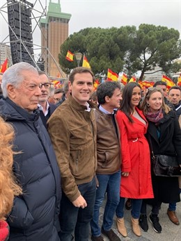 El presidente de Ciudadanos, Albert Rivera, en la manifestación de Madrid para e