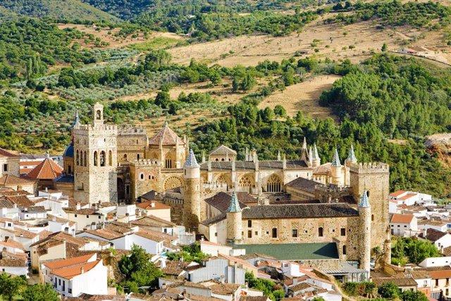 Panorámica del Monasterio Santa Maria de Guadalupe