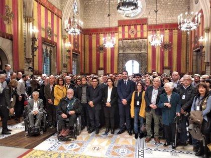 """Més de 400 alcaldes catalans demanen un judici """"imparcial"""" i la llibertat dels presos"""