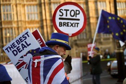 Diputats plantegen acceptar l'Acord de Retirada a condició de celebrar un segon referèndum del Brexit