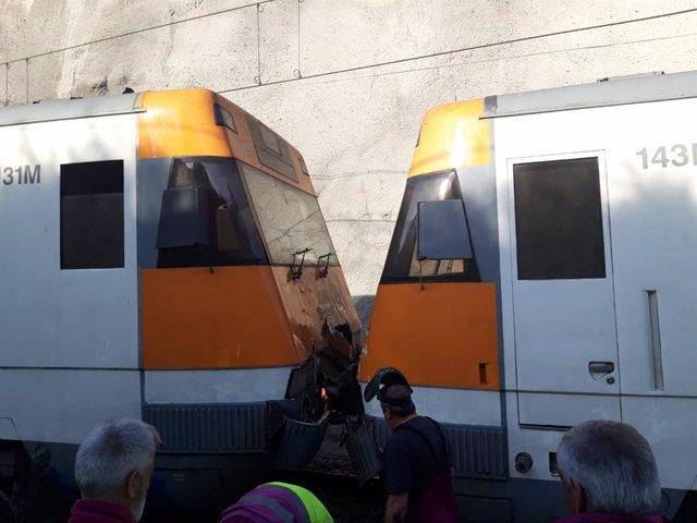 Retirada de trens després de l'accident de Castellgalí (Barcelona)