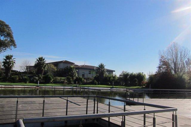 Cielo soleado en Barakaldo (Vizcaya)