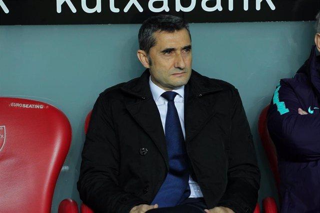Soccer: La Liga - Athletic de Bilbao v Barcelona