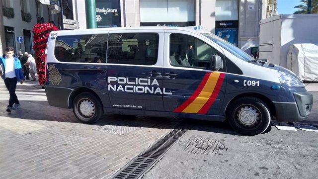 Coche, Policía Nacional, recursos, calle Larios