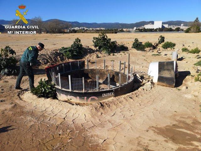 Un pou il·legal trobat per la Guàrdia Civil en un parc agrari de Viladecans (Bar