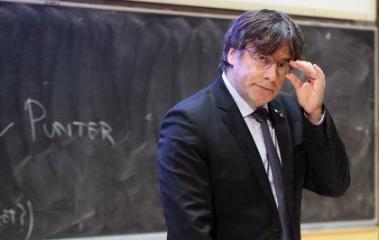 """Puigdemont fa una crida a mobilitzar-se contra el """"judici vergonyós"""" del Tribunal Suprem"""