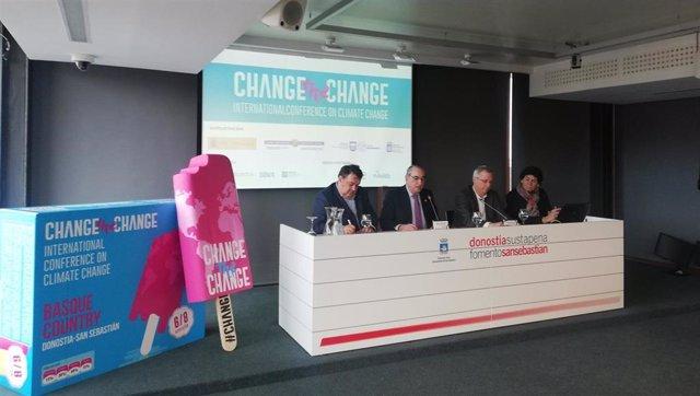 Rueda de prensa del congreso sobre cambio climático Change is the change.