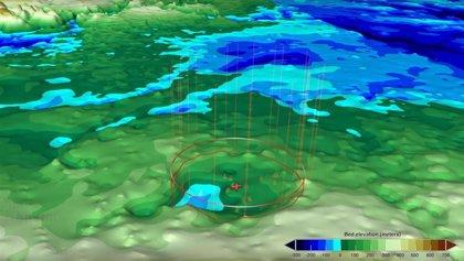 Un segundo cráter de impacto se distingue en el noroeste de Groenlandia