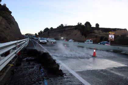 Els CDR cremen pneumàtics a la C-35 a Santa Maria d'Oló
