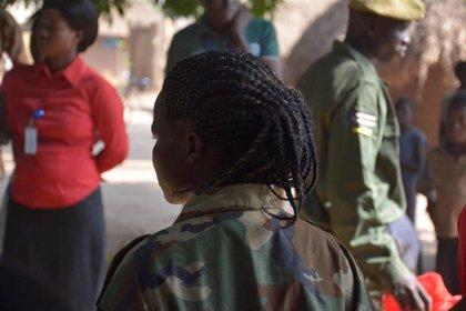 World Vision denuncia que 67 países todavía permiten el reclutamiento de niños soldado