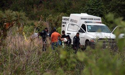 Encuentran los cuerpos de cinco policías desaparecidos en el interior de un vehículo en México