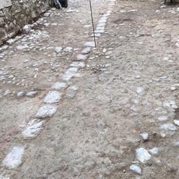 Resto paviment d'antic empedrat