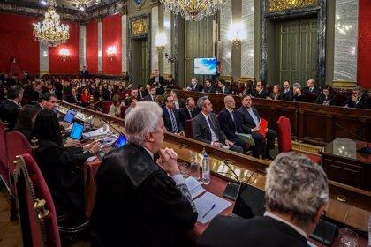 El web del Poder Judicial 'cau' en plena retransmissió en directe de la primera sessió del judici