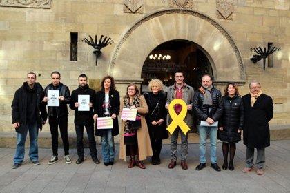 PDeCAT, ERC, Crida i Comú de Lleida protesten per l'inici del judici als líders independentistes
