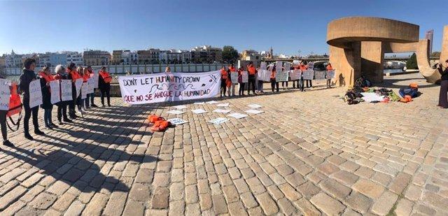 Acto en Sevilla en favor de las personas migrantes