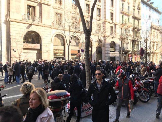 Protesta contra el judici de l'1-O davant la Fiscalia Superior de Catalunya.