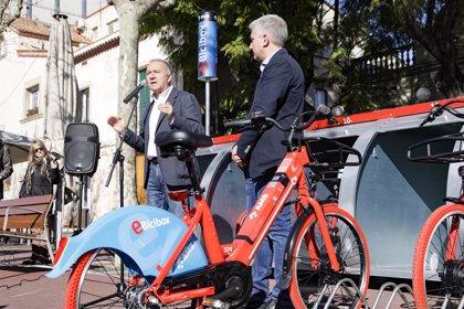 L'AMB inaugura un servei de bicicletes elèctriques públiques i compartides