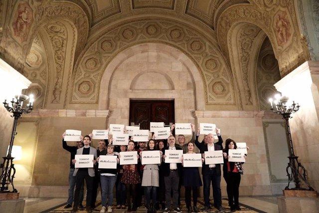 Diputats de Cs i la seva líder Inés Arrimadas protesten al Parlament