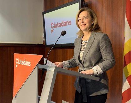 """Mejías (Cs) acusa Colau de ser la """"caixa de ressonància de l'independentisme"""""""