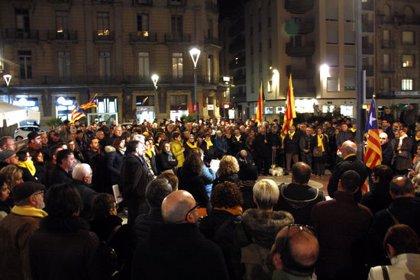 Més de 400 persones reclamen el dret d'autodeterminació a Tortosa