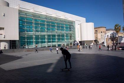 Barcelona demana al CatSalut estudiar situar el CAP al costat de l'edifici Meier del Macba