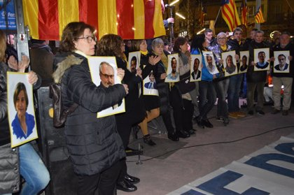 Unes 2.000 persones es concentren a Lleida en protesta pel judici de l'1-O