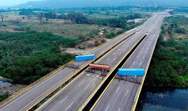 Bloqueo frontera Venezuela Colombia