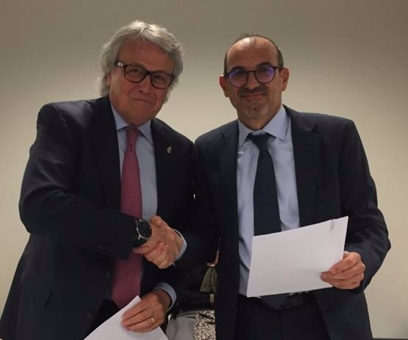 Cepesca firma un acuerdo con la certificadora kiwa espa a for Clausula suelo con acuerdo firmado