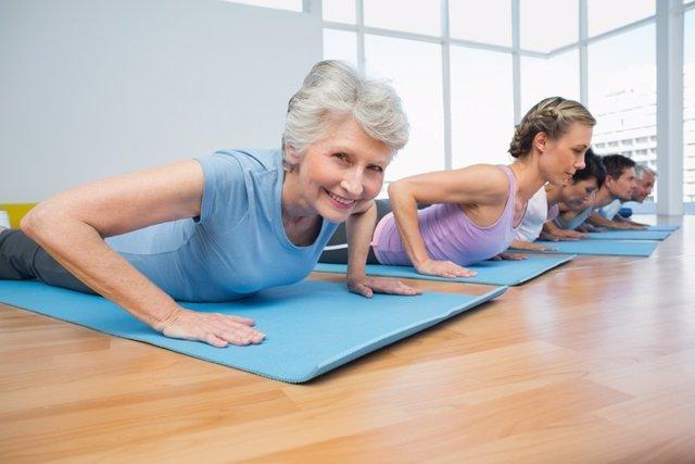 Suelo pelvico, mujeres, deporte, ejercicio, yoga
