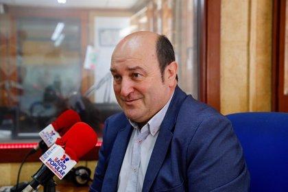 """Ortuzar (PNB) demana l'absolució dels acusats i creu que en el Poder Judicial """"no hi va haver transició"""""""