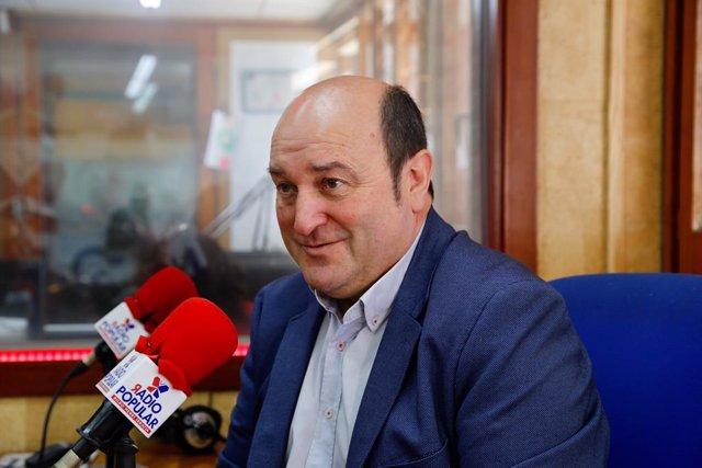 Andoni Ortuzar es pronuncia sobre el procés en una entrevista a Radio Popular