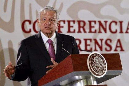 """López Obrador pide que la ayuda humanitaria """"no se mezcle"""" con la política en Venezuela"""