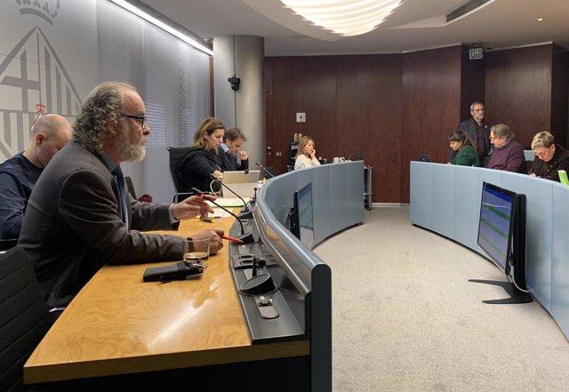 El comissionat de Seguretat de Barcelona, Amadeu Recasens, en comissió municipal