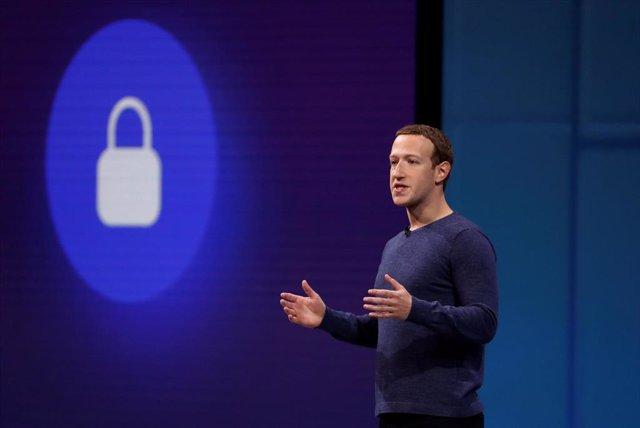 El fundador de Facebook  Mark Zuckerberg